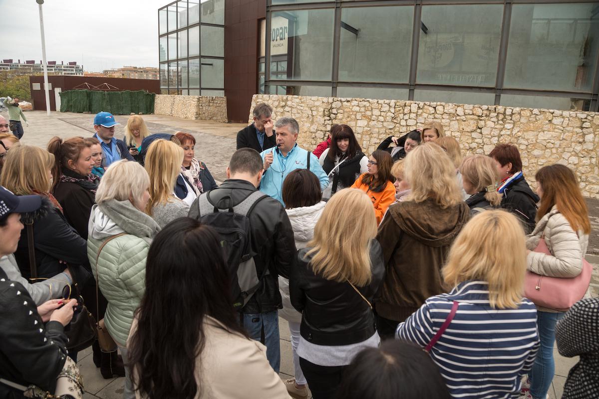 Более 130 турагентов из России и представителей турорганизаций Валенсии совершили эксклюзивную экскурсию по городу