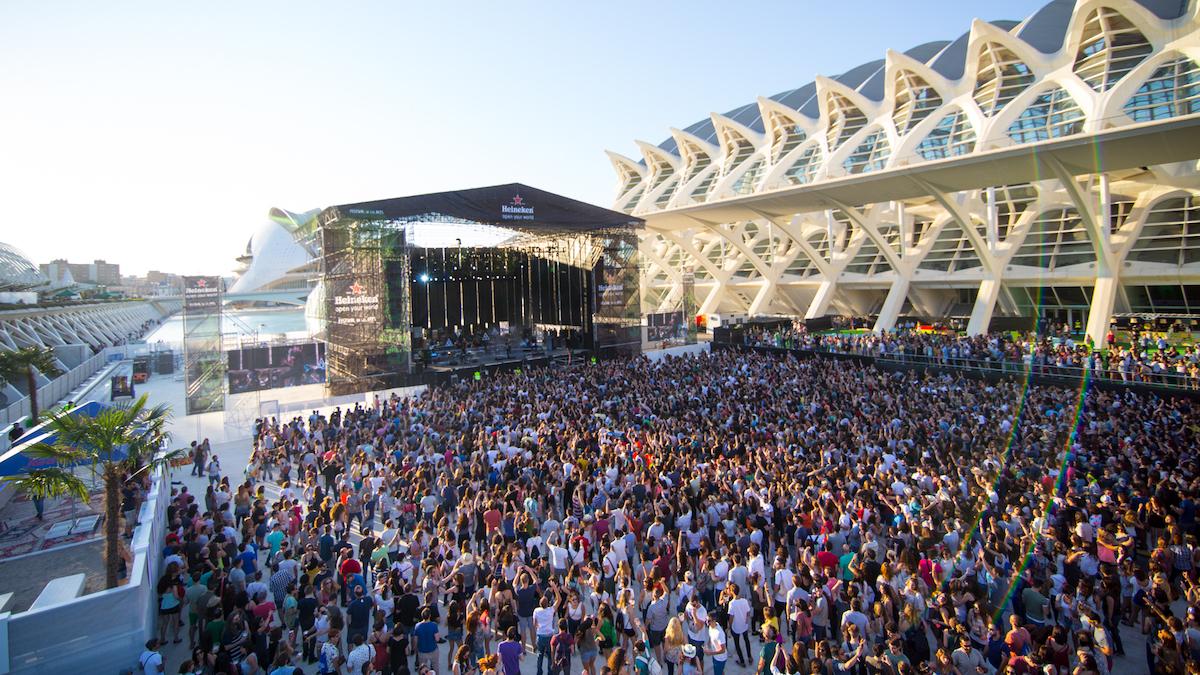 Валенсия – эпицентр летних фестивалей и концертов