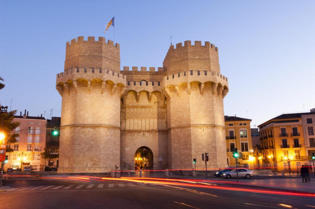 Torres de Serranos VV 03572 scaled e1625217814935